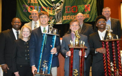 Wildcat football receives Touchdown Club of Houston sportsmanship award